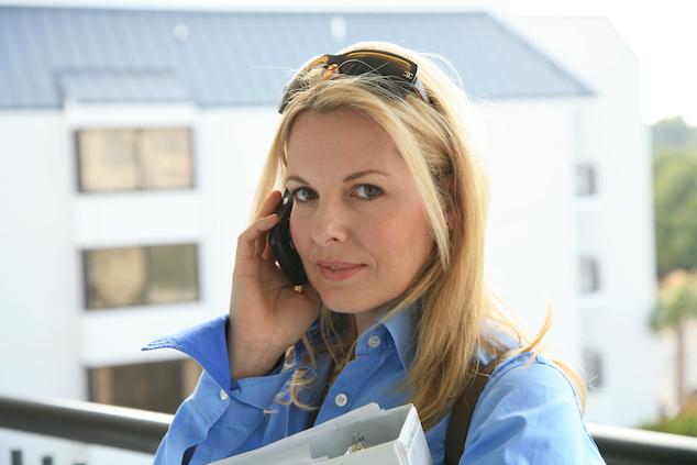 Kathryn-Maroun-phone