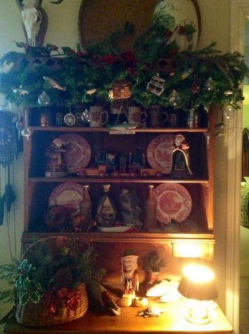 Heritage-Game-Mounts-Christmas-Hutch