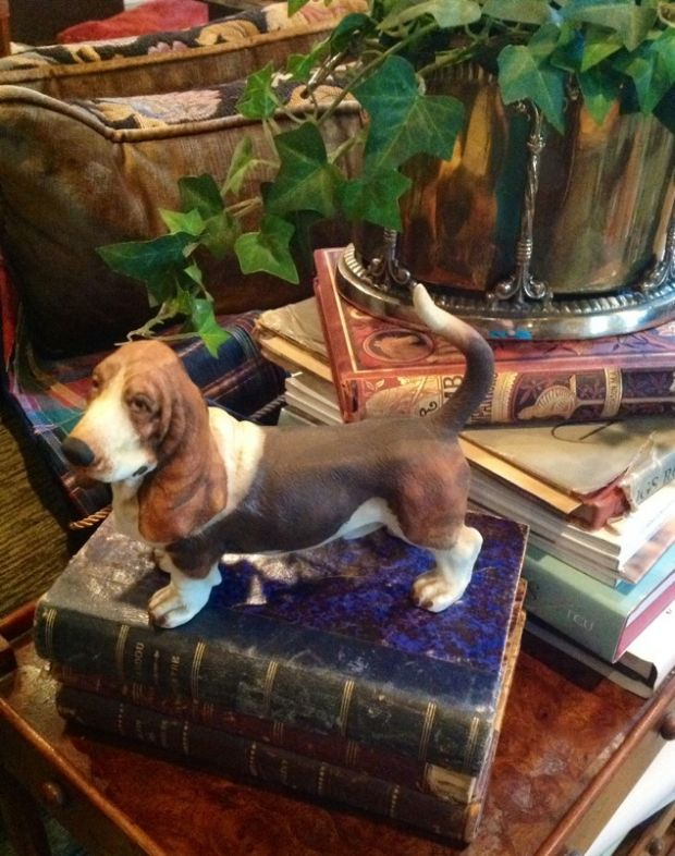 Going to the Dogs: Decorating Ideas and 2 Projects Your 4-Legged Friends Will Love Heritage-Game-Mounts-January-Dogs-Beagle-Book Decorating Ideas