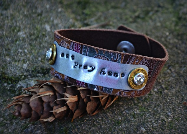 Camo_Ammo_Eat_Pray_Hunt_Bracelet