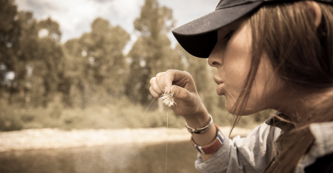 Orvis-woman-flyfisher