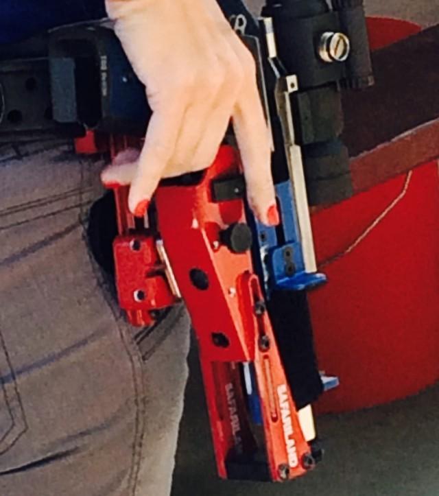 Maggie-Reese-gun-holster