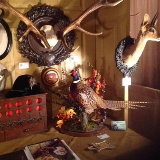 Heritage-Game-Mounts-Lodge-Inspiration-Booth