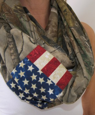 camo-flag-loop-scarf