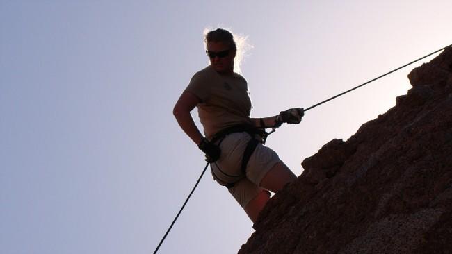 arizona-outdoor-women-repeling