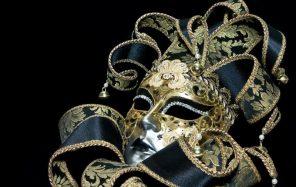 Diva-Wow-Masquerade