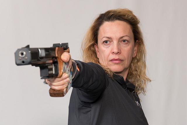 Enkelejda-Shehaj-Pistol3