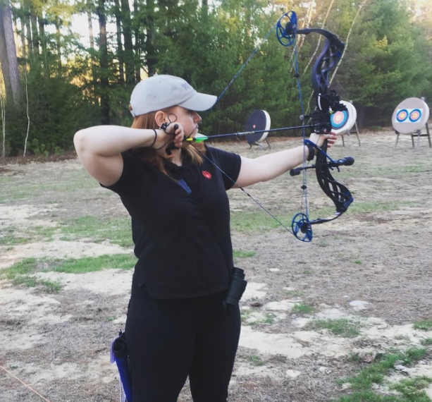 How-to-Gun-Girl-Compound-Bow