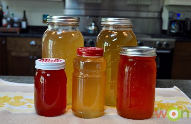 kombucha-tea-jars