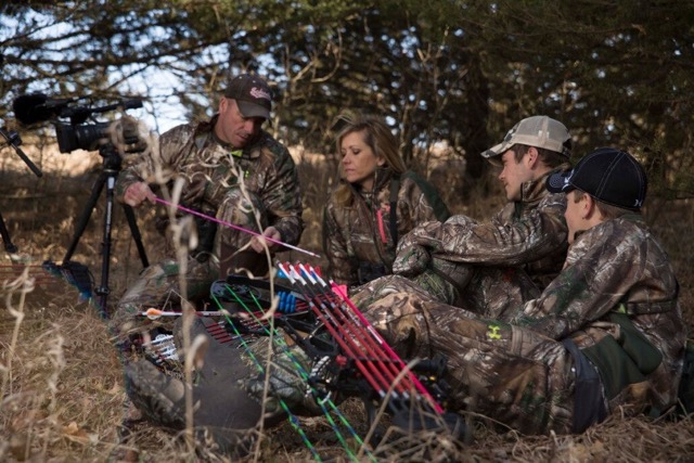 raised-hunting-pink-arrows-Breast Cancer