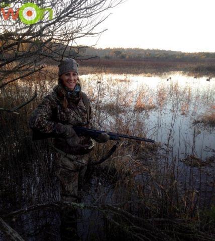 hollis_duckprep_grasswater2-duck
