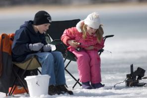 take-me-fishing-ice