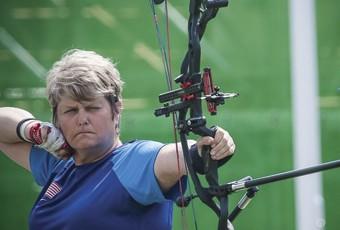 lia-coryell-archery