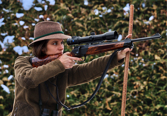 R-8 Blaser gun for women