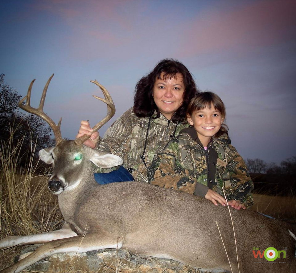 Emily Perreira 02 hunting with her mother