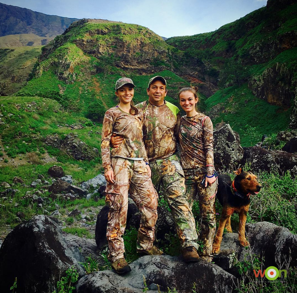 Emily Perreira 03 hunting with her sister and father