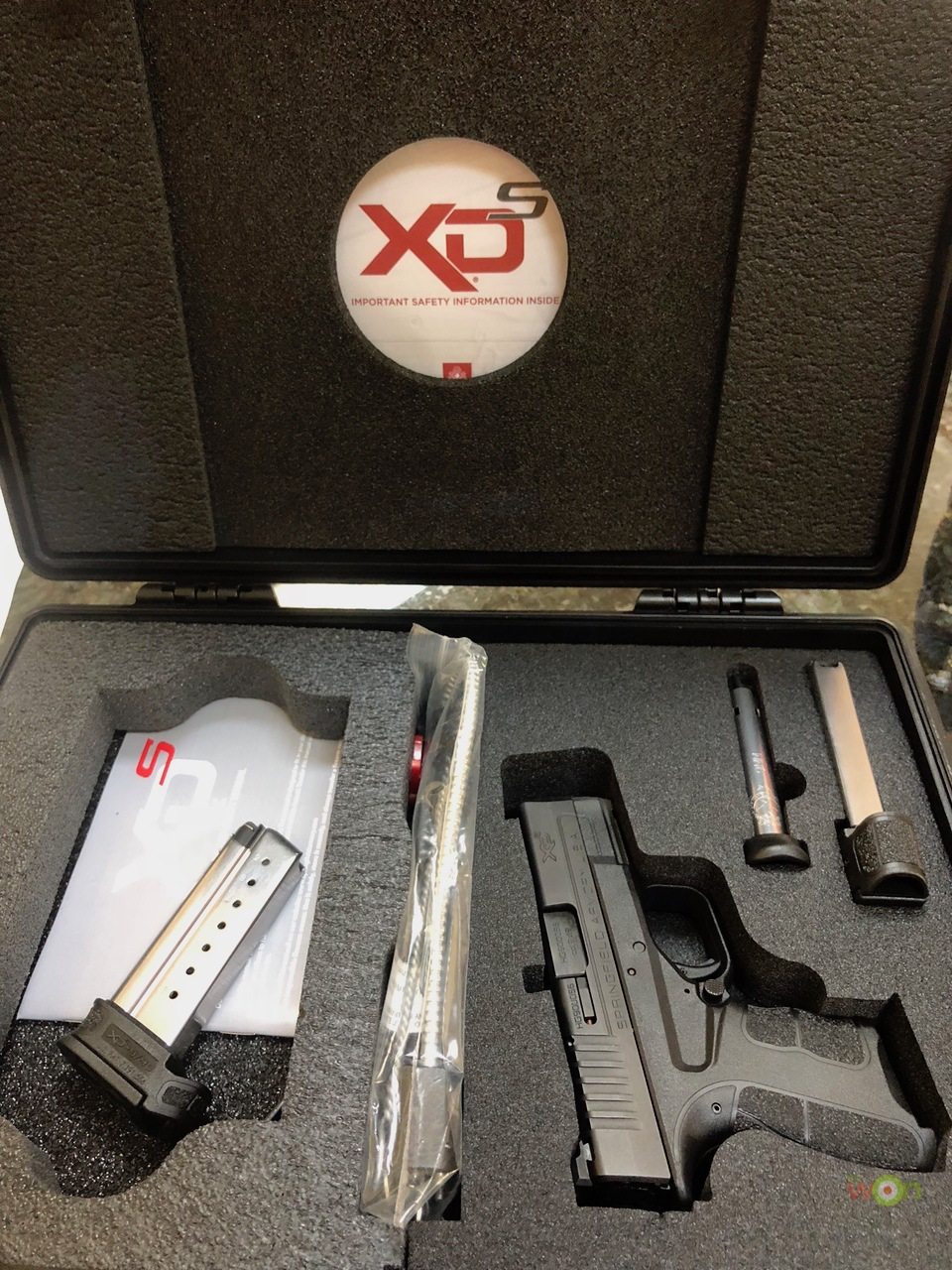 Springfield XDS MOd2 box New Firearm Owners