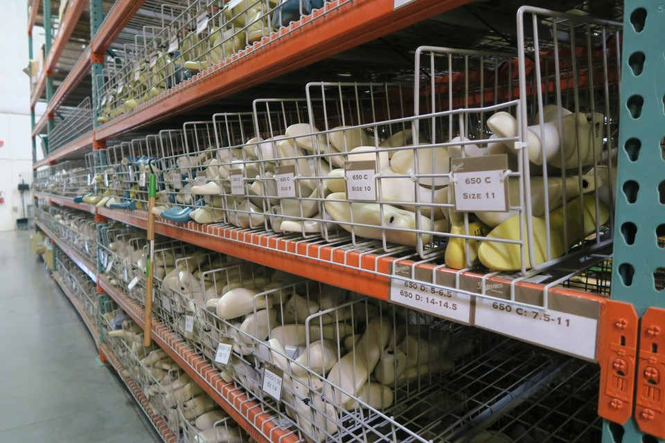 inventory shoe molds danner