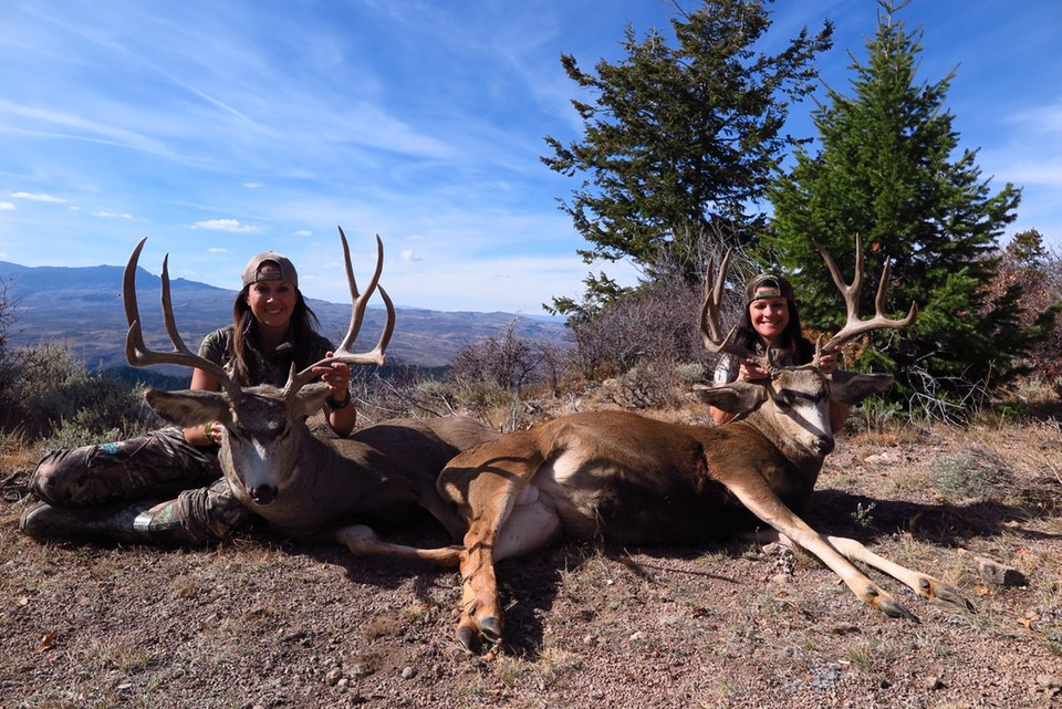 Jen O'hara Mule Deer Hunt women hunters