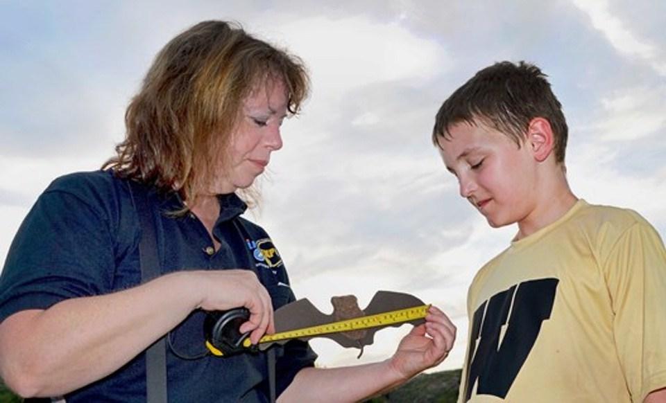 Wildlife biologist Melynda Hickman