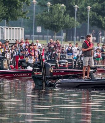 Bass Fishing Championship feature