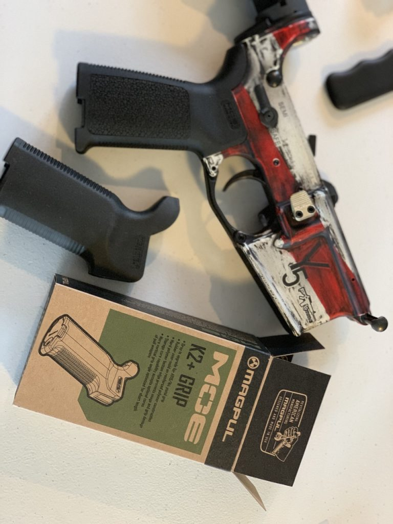 Grip on pistol Customize an AR
