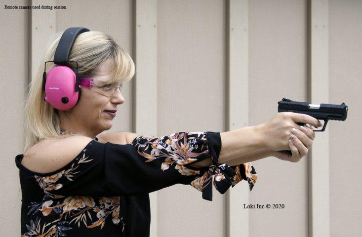 Jennifer shooting RUGER SR22