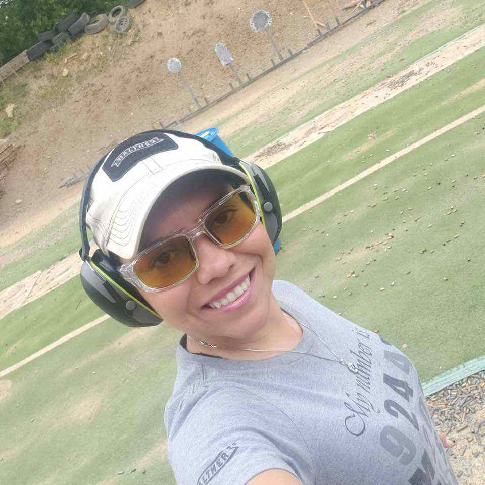 Gabby Franco on range Walther hat 20