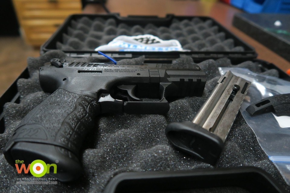 Walther P22 Q in case beginner firearm