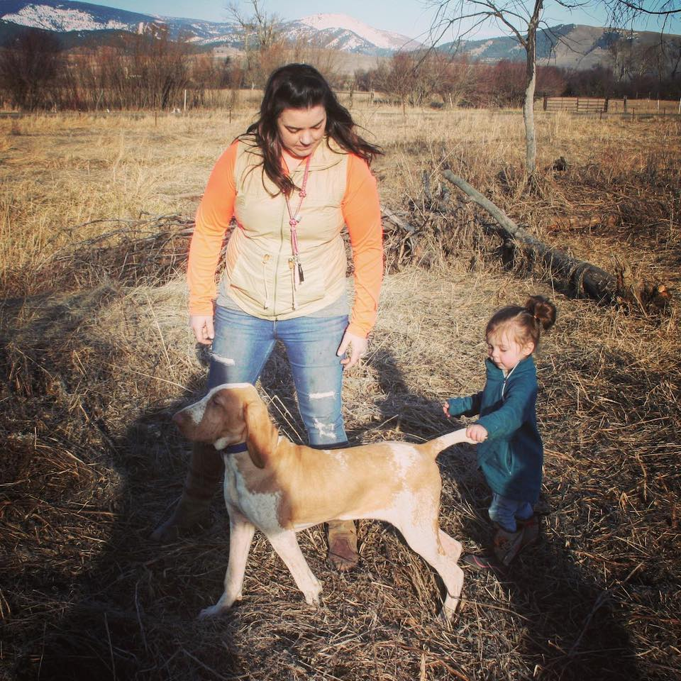 Courtney Bastian The Bird Dog Babe with toddler