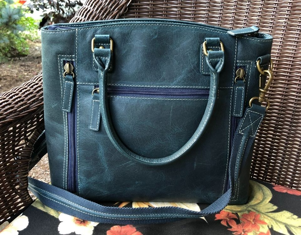 GTM_CZY-51 Distressed Leather blue