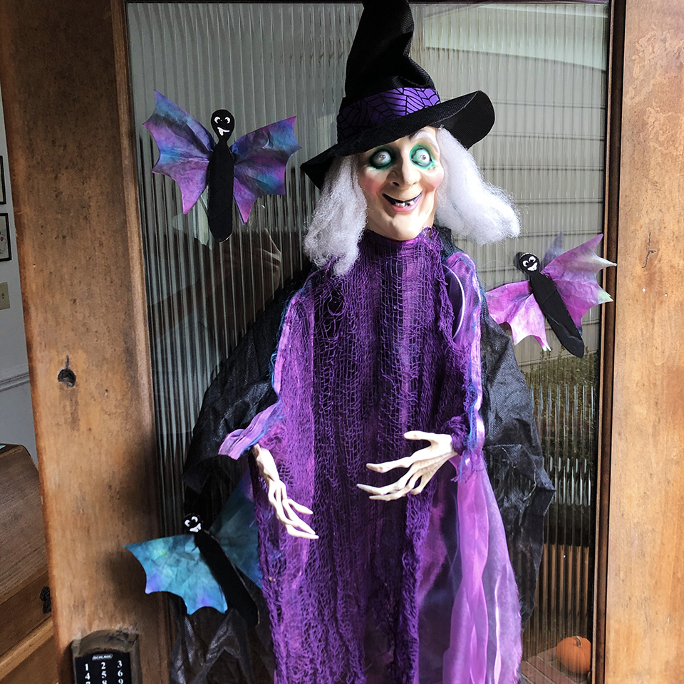 Witch with Coffee Filter Bats Halloween Craft