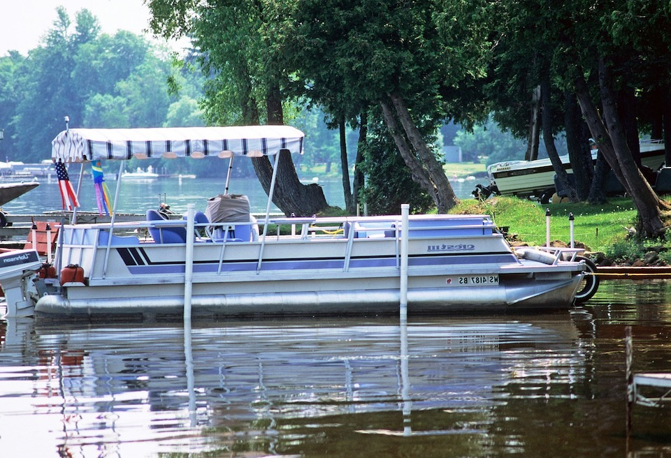 pontoon boat Small Fishing Boats