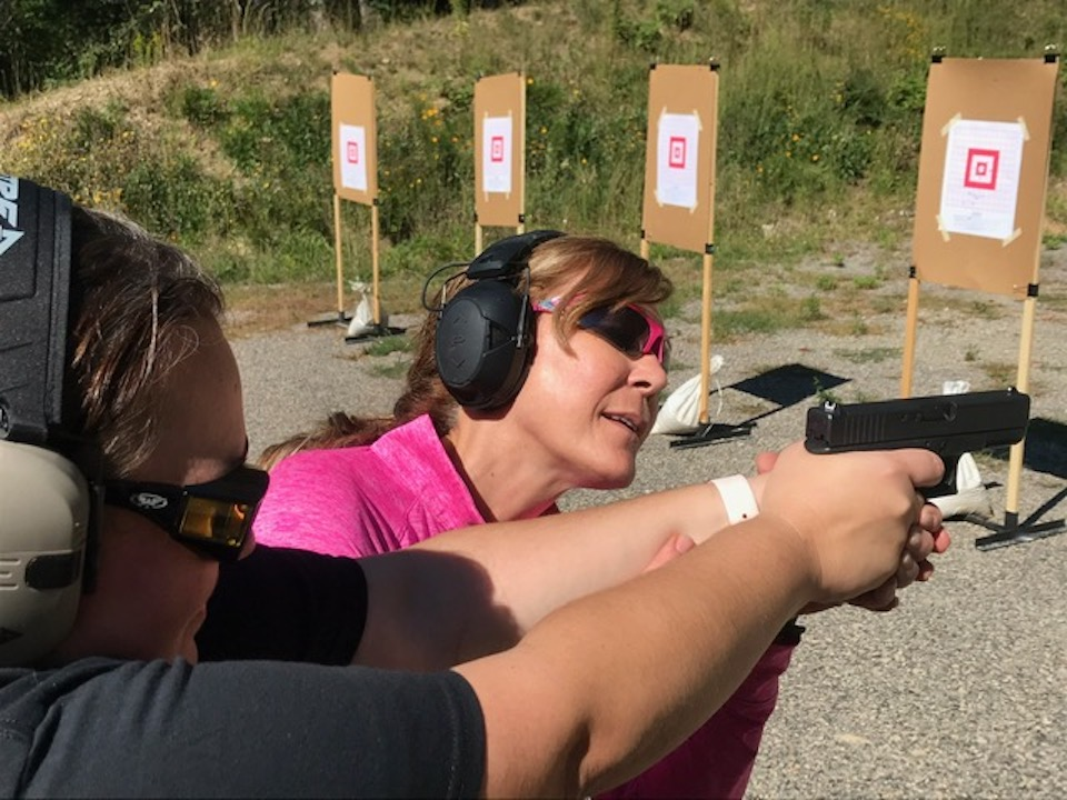 Kelly teaching with Glock ARMED and Feminine Photo cred Tammy Glavach