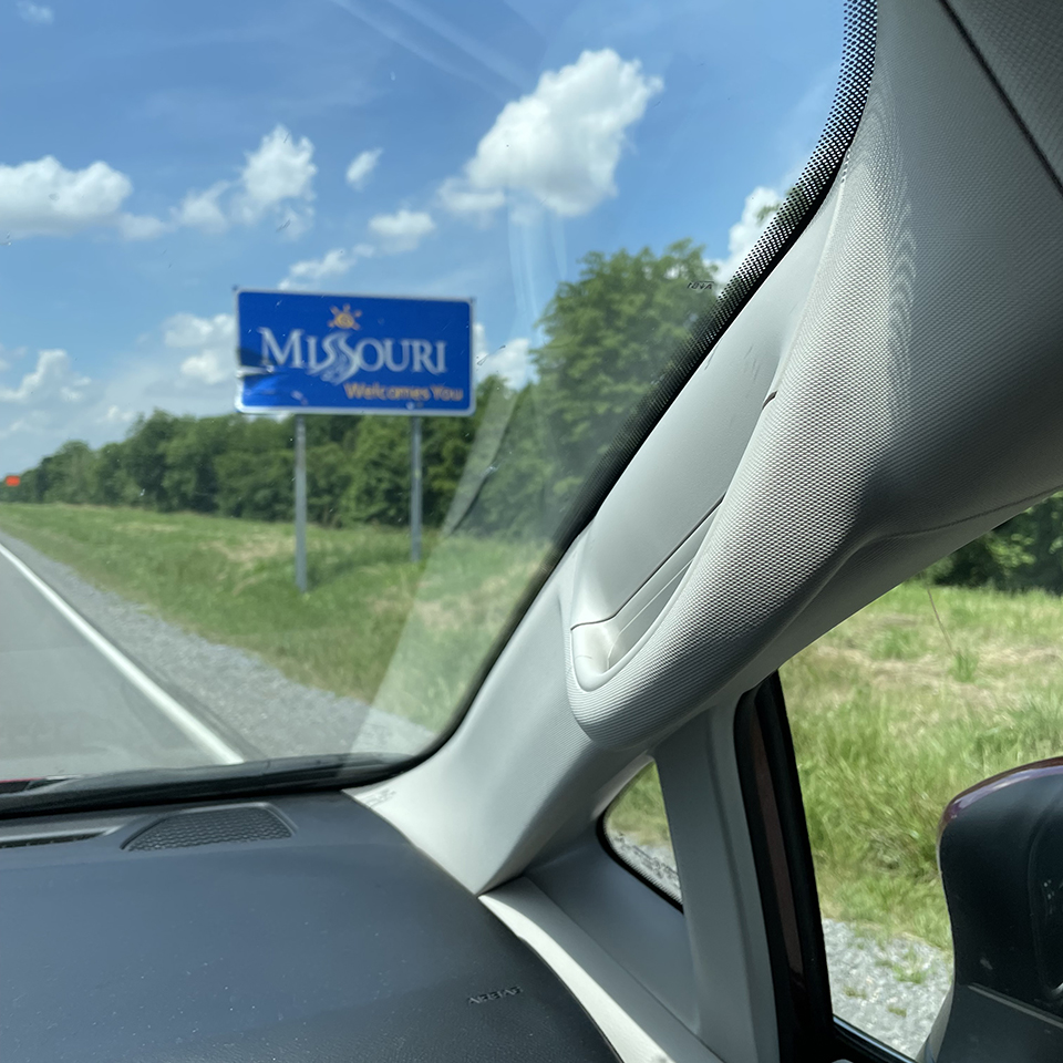 Crossing in to MO