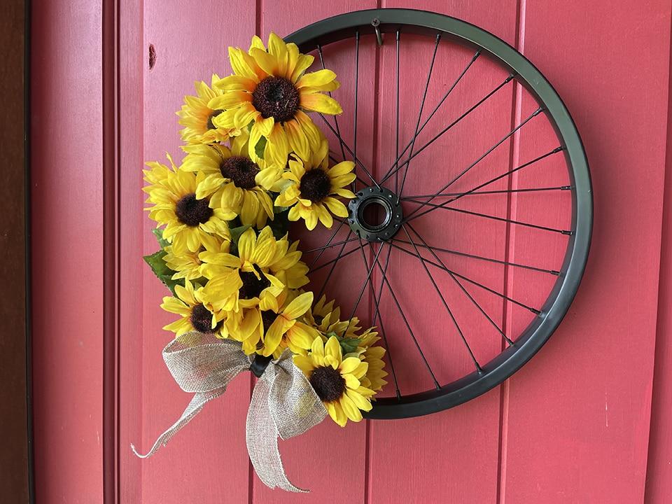Bike Wreath final 3
