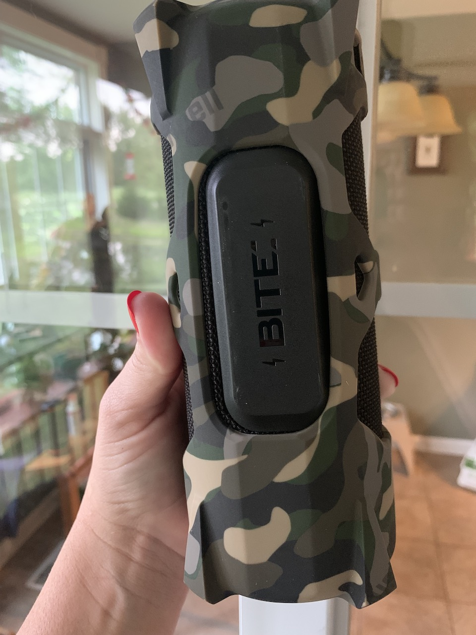 Outdoorsman BITE magnet